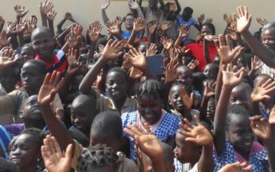 FCSS (Fonds de Crédits Sociaux Scolaires), frais octroyés aux producteurs à faible revenu, pour faciliter la scolarisation de leurs enfants, Co-financé par la prime Fairtrade de Ferrero et Tony's Fundation