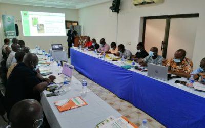 Formation des formateurs ECOOKIM sur la forêt, l'environnement, l'agroforesterie et la sécurisation foncière rurale à Abidjan
